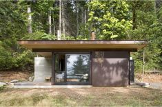 mini-cabin-by-olson-kundig-architects-04