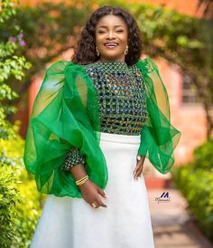 Best African Dresses, African Fashion Dresses, Ankara Fashion, African Clothes, Fashion Poses, Fashion Styles, Ankara Skirt And Blouse, Ankara Gowns, Glamorous Dresses