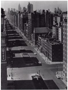 park avenue looking south from 1075 park avenue building at est 88th street may 1941 by eralsoto, via Flickr