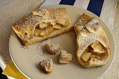 Családunk új, nagy kedvence ez a fantasztikus almás süti! A szélei ropogósak,