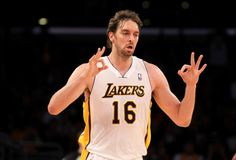 Pau Gasol FTW. Keep shootin' those 3s, BOOM BOOM PAU. LAKERS!