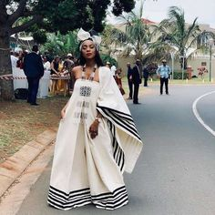 Xhosa Attire, African Attire, African Fashion Dresses, Fashion Outfits, Emo Outfits, Traditional African Clothing, Traditional Outfits, Bold Fashion, Lolita Fashion