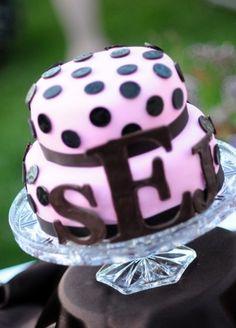 Polk-a-dot wedding cake