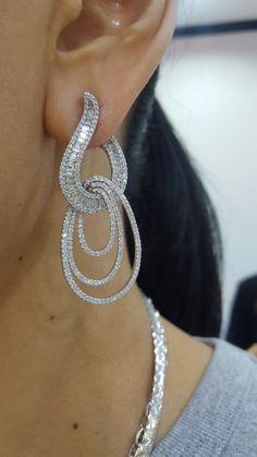 Diamonds earring #diamondearring