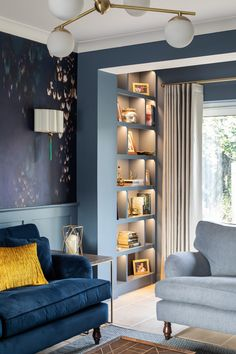 The phenomenal, recently completed Sevenoaks project by Furnished by Anna featuring our Alwinton sofa and Alwinton snuggler in a gorgeous navy velvet and linen combination 💙 The touch of mustard brings everything together 👌⁣ Navy Living Rooms, Blue Living Room Decor, Living Room Color Schemes, Blue Rooms, Living Room Sofa, Living Room Interior, Living Room Designs, Blue Velvet Sofa Living Room, Navy Blue Velvet Sofa