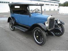 1925 Chevrolet Superior K Touring car.