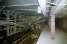 ~ Rubble covers the tracks of the NYC Subway + lines in the Cortland Street station under the World Trade Center, in this photo taken shortly after the attacks. World Trade Center, Trade Centre, We Will Never Forget, Lest We Forget, 11 September 2001, S Bahn, Nyc Subway, Powerful Images, Modern History