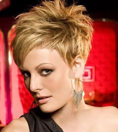Short elegant spiky hairstyles for women