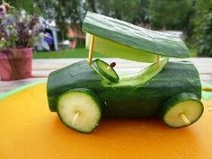funny food - funny food prepared for big and small creativ - Gemüsekunst - Cute Snacks, Snacks Für Party, Cute Food, Funny Food, Veggie Art, Fruit And Vegetable Carving, Edible Crafts, Food Crafts, Fruit Creations