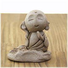 Little monk art ☸️ Illustration Courses, Little Buddha, Japanese Folklore, Cement Crafts, Cute Clay, Zen Art, Cute Home Decor, Polymer Clay Crafts, Wood Sculpture