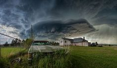 RUNDOWN Photo by James Smart — National Geographic Your Shot