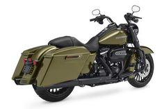 Harley-Davidson Road King Special studio rear 3/4 view