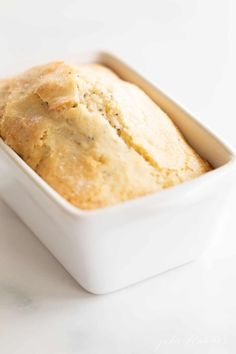 This poppy seed bread recipe is dense, decadent, and so simple to make. The addition of poppy seeds give this quick bread recipe a nutty, delicate texture your family will love! Best Bread Recipe, Quick Bread Recipes, Brunch Recipes, Easy Dinner Recipes, Mini Bread Loaves, Apple Cinnamon Bread, Poppy Seed Bread, Make Ahead Brunch, Sugar Bread