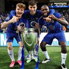 Chelsea Football, Football Boys, Uefa Champions League, Chelsea Champions, Chelsea Fc Players, Ucl Final, Chelsea Blue, Dfb Team, Stamford Bridge