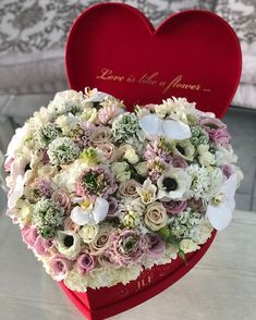 Have you seen our mixed arrangements in the Heart Shape boxes You can order now through our website ! Www.JadoreLesFleurs.com #jadorelesfleurs #valentinesday