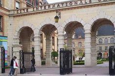 France for visitors Monuments, Tu Me Manques, I Love Paris, Paris Hotels, World Traveler, Photos, Street View, Tours, City