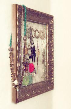 rangement/cadre pour bijoux
