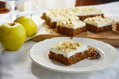 Pénteki süti: lisztmentes almás-fahéjas kocka - Dívány Cheesecake, Muffin, Food And Drink, Sweets, Baking, Eat, Breakfast, Desserts, Recipes
