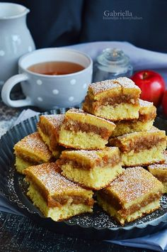 Gabriella kalandjai a konyhában :): Kavart almás Ital Food, Hungarian Recipes, Sweet Cakes, Easy Cooking, Cake Cookies, French Toast, Sweet Tooth, Food And Drink, Sweets