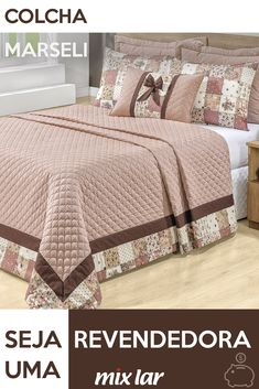 Inspiração Patchwork The bedspread inspired by patchwork composed with neutral tone make the room more elegant while romantic and super cozy. Quilt Bedding, Bedding Sets, Duvet, Bedroom Red, Bedroom Decor, Elegant Homes, Bed Covers, Bed Spreads, Bed Sheets