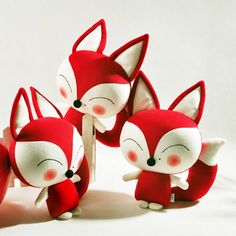 cute fox plushies!