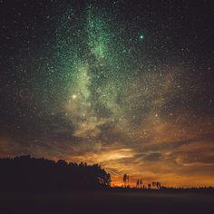 Finlandia da sogno: il fotografo cattura la luce segreta della notte - Radio Deejay