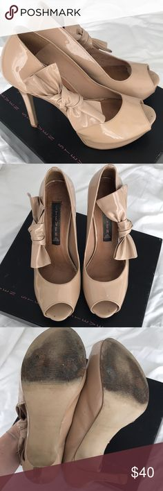 Steven Nude Patent Pumps Great dress shoes! Worn several times but overall good condition as pictured. Prommise fawn patent Steven By Steve Madden Shoes Heels
