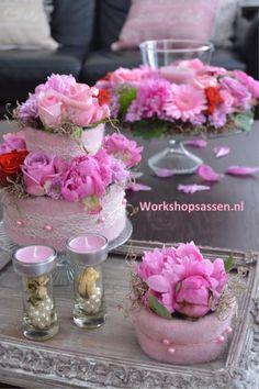 Workshops in Assen Funeral Flower Arrangements, Funeral Flowers, Floral Arrangements, How To Make Paper Flowers, Diy Flowers, Fabric Flowers, Floral Cupcakes, Floral Cake, Deco Floral