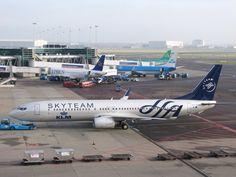 KLM Boeing 737-900 PH-BXO in  Skyteam livery.