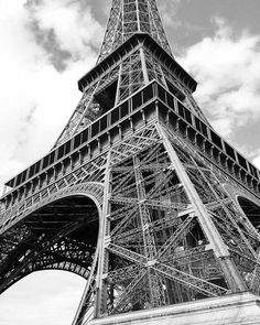 Eiffel Tower, Paris, France, Travel Photography Black and White Print by Tiffany Dawn Photography http://www.instagram.com/tiffanydawnphotography http://www.facebook.com/tiffanydawnphoto http://www.tiffanydawnphotography.com