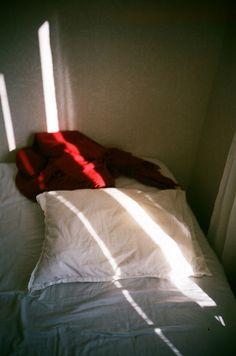 """bed"" photographed by Mafalda Silva"