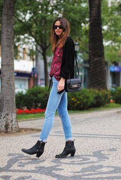 Jeans: 7 For All Mankind, Boots: Acne,T-shirt: Zara, Jacket: Zara, Shirt: H