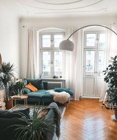 Home Interior Decoration Modern Boho Living Room Interior Decoration Modern Boho Living Room Boho Living Room, Apartment Living, Interior Design Living Room, Home And Living, Living Room Decor, Bohemian Living, European Apartment, Bohemian Beach, Living Rooms