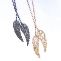 O colar Anjo, da Coleção Fé, representa a iconografia da beleza  delicada das asas dos seres angélicos. #souluatelier