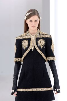 I think this is an elegant dress and as you might guess I love the vest.  Anouck Lepere at Chanel Haute Couture F/W 2006