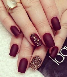 Burgundy and Gold Nail Art #nail art