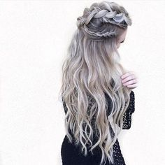 """Find and save images from the """"Hair 💁🏼"""" collection by 𝓈𝒶𝓂𝒶𝓃𝓉𝒽𝒶 𝓈𝑒𝓇𝑒𝓃𝒶 ✰ (SamanthaSerena) on We Heart It, your everyday app to get lost in what you love. Pretty Hairstyles, Braided Hairstyles, Romantic Hairstyles, Wedding Hairstyles, Pinterest Hair, Balayage Hair, Hair Dos, Prom Hair, Bridal Hair"""