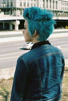 tbh I wish I could do that with my hair but it just won't hh