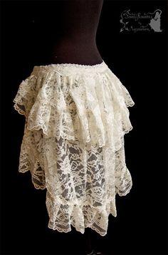 bustle skirt ivory lace Victorian steampunk por SomniaRomantica