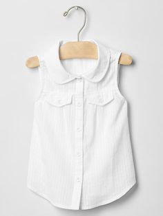 Peter Pan collar sleeveless shirt Product Image