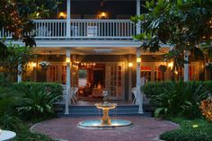 The Courtyard at Lake Lucerne - a special place to stay in downtown Orlando, Florida