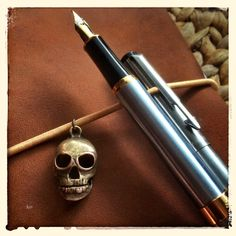Evil Plans? #fountainpen #skull #brass #travelersnotebook #leather