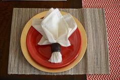 home decor || place setting inspiration (gold + red + white)