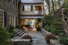 Nice 99 Cozy Rustic Patio Design Ideas. More at http://www.99homy.com/2017/12/12/99-cozy-rustic-patio-design-ideas/