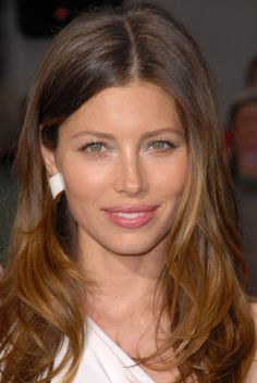 Jessica-Biel-Hairstyles-ombre