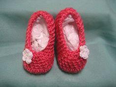 Zapatos de punto/ganchillo - Zapatitos para bebé - hecho a mano por PilarLR en DaWanda