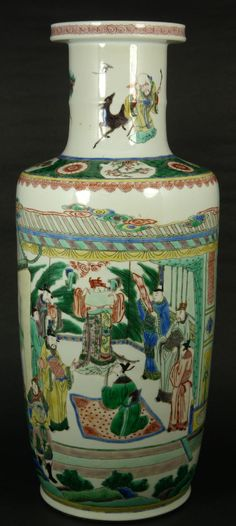 An antique Chinese hand painted Famille Verte cylindrical form phoenix tail vase depicting a palace courtyard scene with Emperor conducting a ceremony and guards patrolling