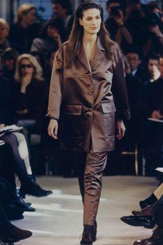 Donna Autunno Inverno 1990 - Sfilate   Prada.com