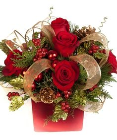 red royalty centerpiece love this for my christmas table christmas flower arrangements christmas - Christmas Flower Decorations
