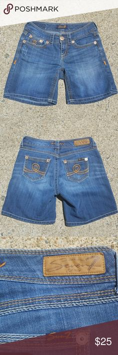Seven7 denim shorts In nice condition for a used item, inseam 6.5 Seven7 Shorts Jean Shorts